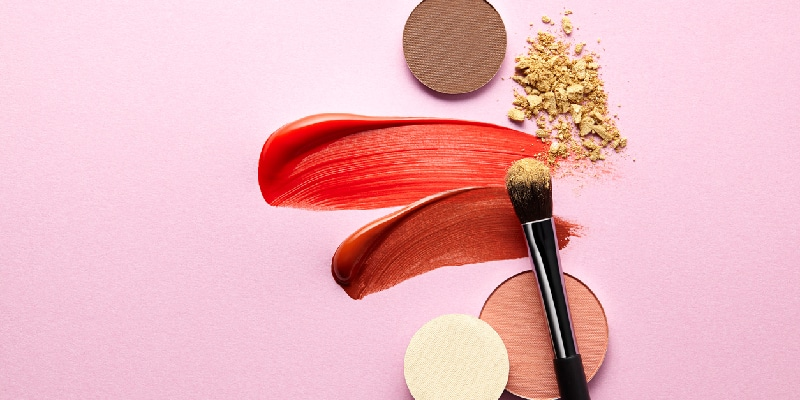 Makeup Ingredients That Could Give You Dry Eye